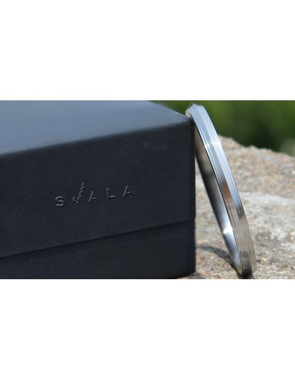 Stainless Steel Designer Punjabi Kada (0.7 inch) thickness- (All Sizes)